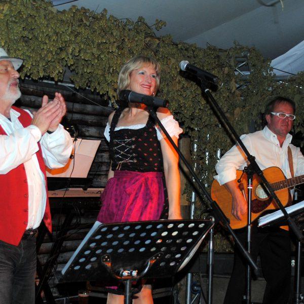 Oktoberfestband aus Schleswig Holstein