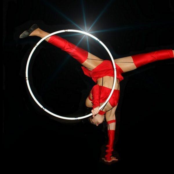 Hula-Hoop Show