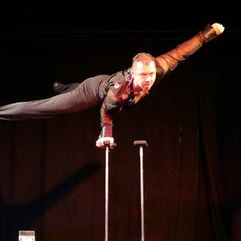 Handstandakrobatik