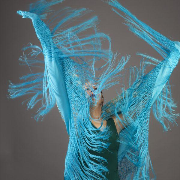 Bunte Kostüme der Flamenco Tänzerin aus Berlin.
