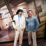 Der DJ mit seinem Vorbild Michael Jackson