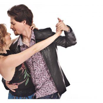 Diese Tangotänzer tanzen einen Tango